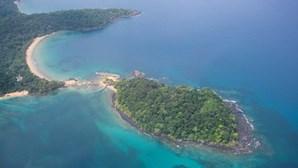 Casal português retido em São Tomé acusa embaixada portuguesa de negar ajuda