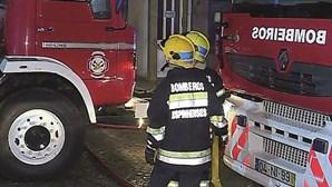 Morador ateia incêndio em prédio em Espinho