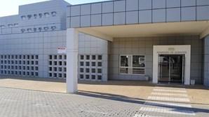 Vacinação contra a Covid-19 no Hospital do Litoral Alentejano arranca terça-feira