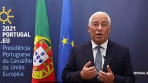 """""""Desejo-vos muito sucesso para a presidência portuguesa do Conselho da UE"""": Merkel passa testemunho a Costa"""