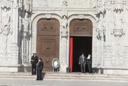 Missa de corpo presente de Eduardo Lourenço realizou-se esta quarta-feira, no Mosteiro dos Jerónimos
