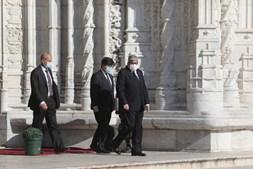 Presidente da Assembleia da República, António Ferro Rodrigues, marcou presença no velório do ensaísta