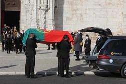 Velório do pensador português decorreu esta quarta-feira na igreja do Mosteiro dos Jerónimos, em Lisboa