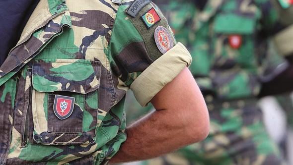 """Defesa pede absolvição dos militares no caso dos Comandos e aponta """"golpe de calor"""" como causa de morte"""