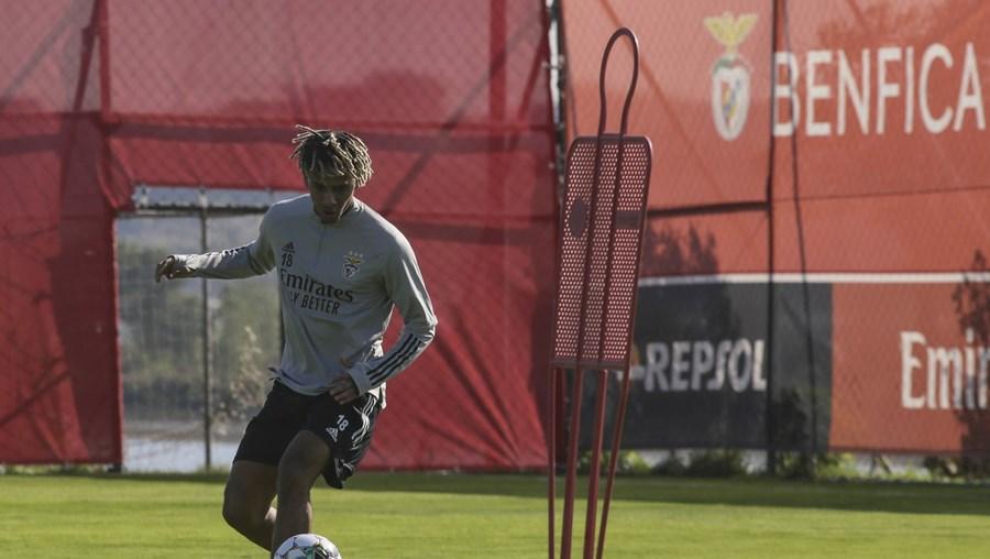 Todibo chegou do Barcelona por empréstimo até ao fim da época, mas deverá regressar ao clube catalão já em janeiro