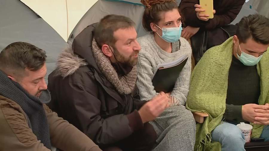 Empresários da restauração no sexto dia de greve de fome em frente à Assembleia