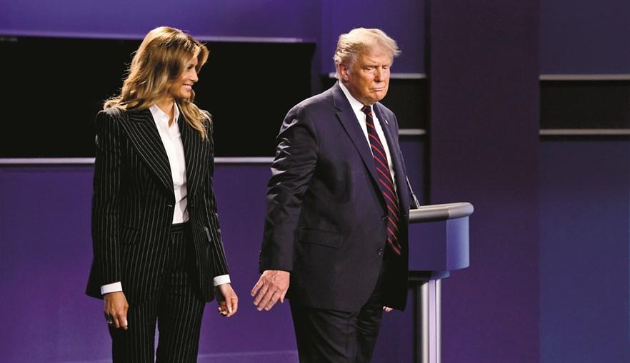 Melania e Donald Trump mostram-se distantes em público