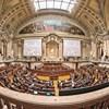 Parlamento decide esta quinta-feira lista de políticos com prioridade na vacinação contra a Covid-19