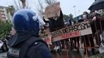 'Em democracia, vence-se com argumentos, não com pedras', afirma André Ventura