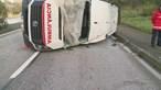 Ambulância despista-se em Coimbra. Há três feridos
