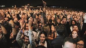 Festivais de música pedem testes à Covid-19 através de saliva
