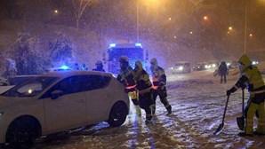 Tempestade Filomena traz nevão e recorde de temperatura negativa de -35.6º em Espanha