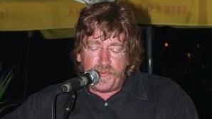 Morreu Paulo Abreu Lima, autor de letras de músicas de Mariza e Rui Veloso. Tinha 68 anos