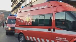 Doente morre dentro de ambulância enquanto espera para ser atendido no Hospital de Torres Vedras
