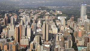 Moçambique detém nove suspeitos de peculato e cobrança ilícita de vistos na África do Sul