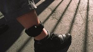 Detidos por violência doméstica na Covilhã e Fornos de Algodres ficam com pulseira eletrónica