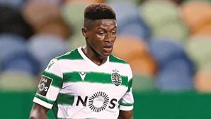 Três jogadores infetados com Covid-19 no Sporting falham jogo com o FC Porto