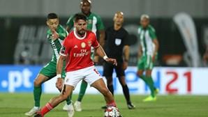 Gabriel apontado ao onze do Benfica para o Clássico no Dragão
