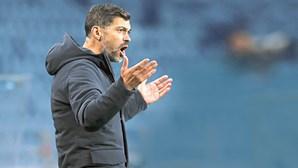 Sérgio Conceição multado em 1020 euros após expulsão no jogo do FC Porto com o Sp. Braga