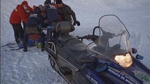 Jovem de 20 anos cai em escarpa de seis metros na Serra da Estrela e é resgatada pela GNR
