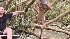 Pescadores salvam homem nu em rio infestado de crocodilos