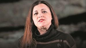A brigada do batom vermelho: Ana Gomes defende Marisa após ataque de Ventura