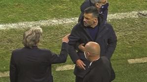 Jorge Jesus e Sérgio Conceição pegados no fim do clássico. Saiba tudo o que disseram os treinadores