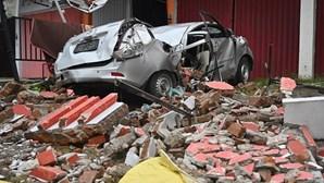 Sobe para 56 o número de mortos causados por sismo na Indonésia
