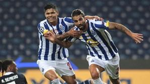 Três jogadores do FC Porto infetados com Covid-19 poucos dias após clássico com o Benfica