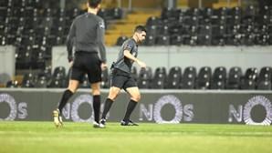 Gelo volta a adiar jogo entre V. Guimarães e Farense
