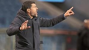 Sérgio Conceição dá tudo para travar crise no FC Porto