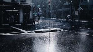 Proteção Civil emite aviso para agravamento do estado do tempo para este fim de semana. Conheça as previsões