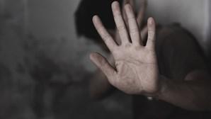 Mais de 300 homens vítimas de abusos sexuais em quatro anos