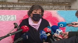 """Ana Gomes admite que fechar escolas pode ser """"inevitável"""" devido à Covid-19"""