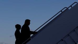 Donald Trump despede-se da Casa Branca e abandona a residência oficial. Veja as imagens
