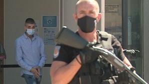 Fugitivo do Tribunal de Instrução Criminal do Porto ataca família de PSP de Fafe
