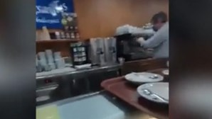 Pastelaria no recinto do Hospital Curry Cabral em Lisboa ignora regras do Governo e serve cafés