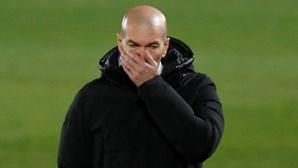 Treinador do Real Madrid Zidane testa positivo à Covid-19