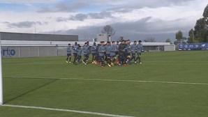 Uribe está apto para o encontro entre FC Porto e Farense