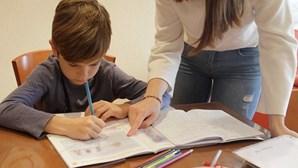 Metade dos portugueses estão em casa devido a fecho das escolas