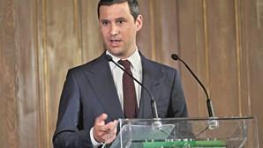 """Ministro do Ambiente admite """"linguagem desajustada"""" em comentário de secretário de Estado"""
