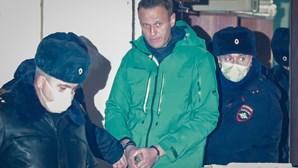 Aliados e apoiantes de Navalny detidos