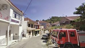 Surto de Covid-19 mata 11 pessoas em vila de Santarém
