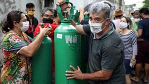 Enquanto uns morrem asfixiados nos hospitais do Brasil devido à Covid-19, outros vencem no negócio do oxigénio