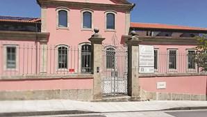 Surto de Covid-19 infeta 74 utentes e 28 funcionários de lar em Paredes de Coura