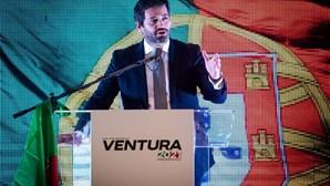 """André Ventura avisa Rui Rio que """"ou acorda"""" ou haverá """"mexicanização"""" do regime"""