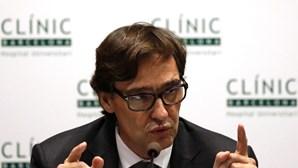 Ministro da saúde espanhol abandona cargo durante pandemia da Covid-19