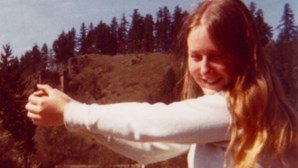 """""""Fui raptada e mantida num caixão durante sete anos"""": O relato de uma sobrevivente mantida em cativeiro"""
