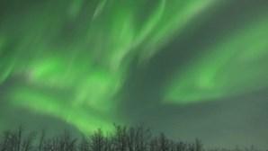 A beleza das auroras boreais iluminou os céus na Lapónia
