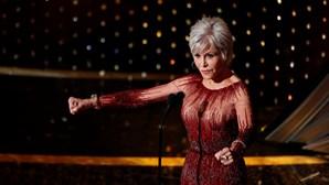 Atriz norte-americana Jane Fonda recebe prémio de carreira nos Globos de Ouro dos EUA